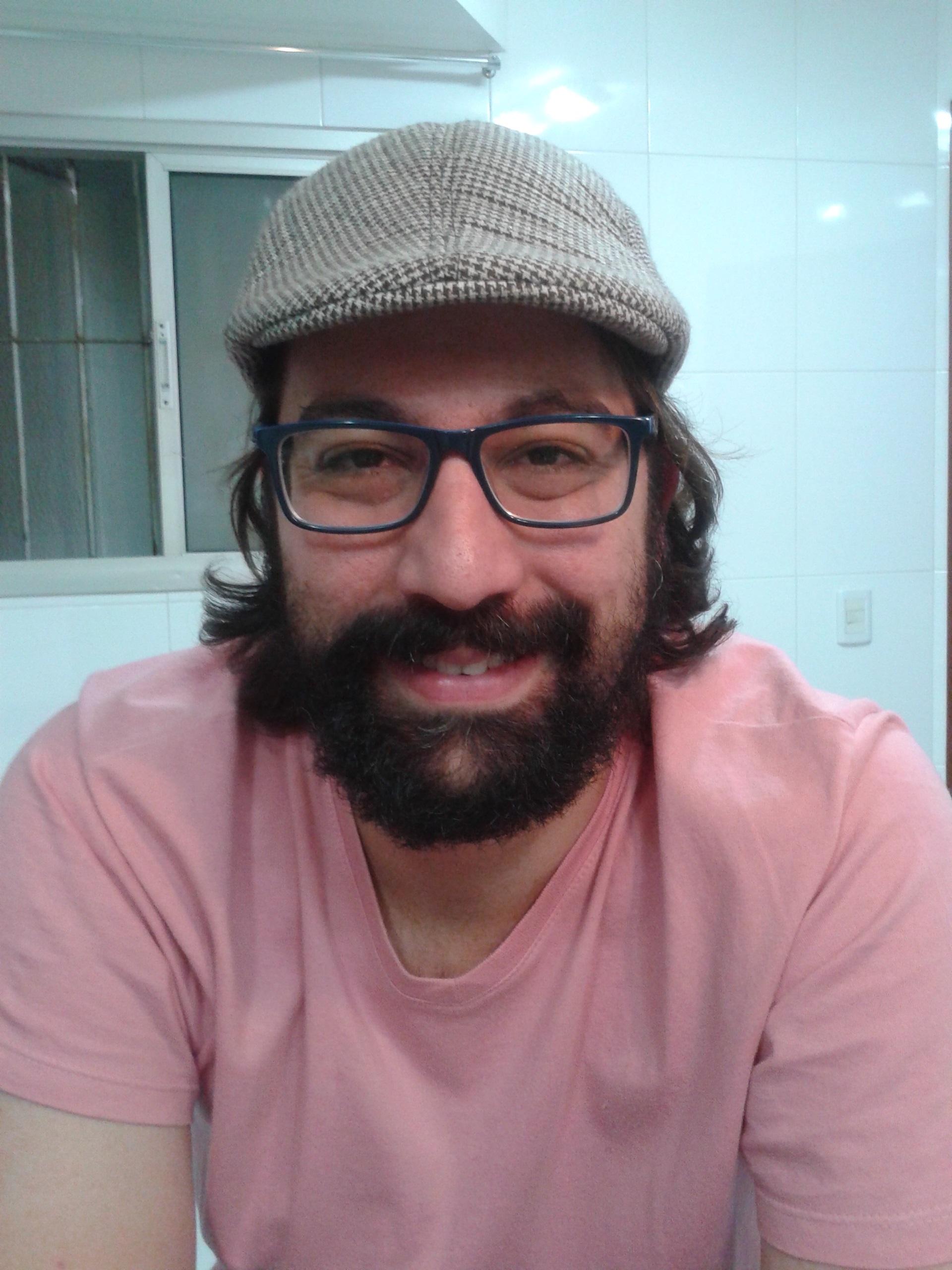 Professor Guilherme Ferreira Santos, guru da Metodologia Científica.