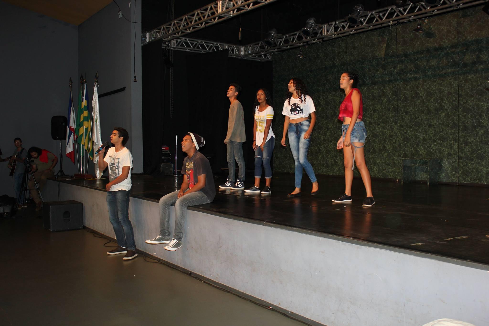 Performance dos estudantes do Campus Itumbiara marca a programação de abertura