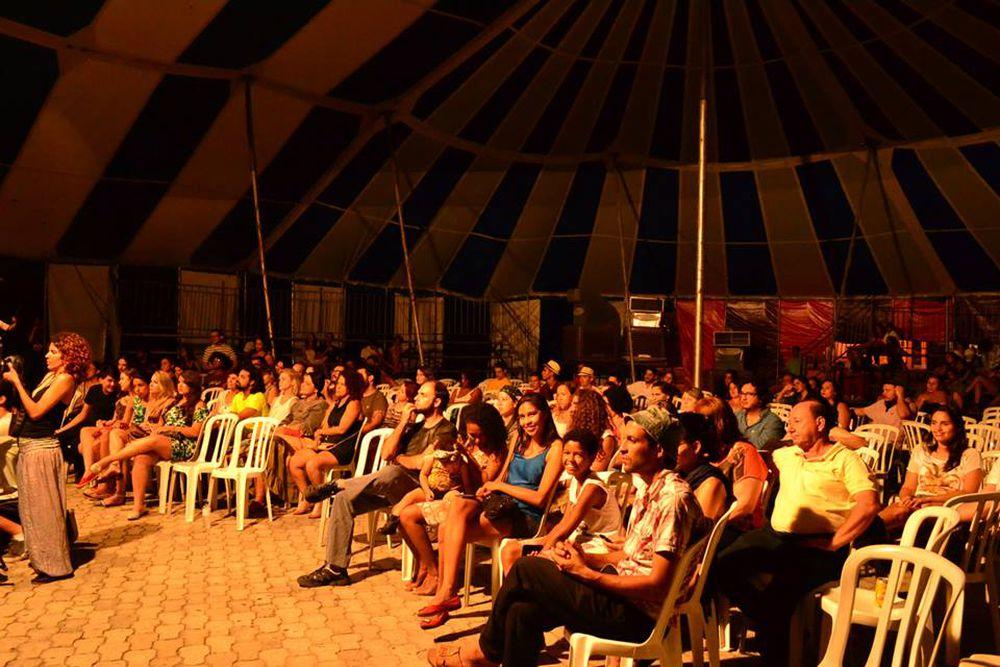 Link permanente para: História do Festival de Artes de Goiás – Uma realização do IFG
